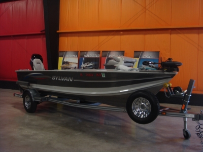 Quest Watersports 2006 Sylvan Sport Troller 160 Search