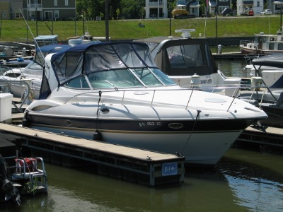 2004 Cruisers 320 Express