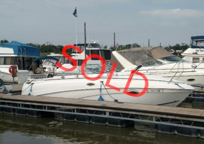 2006 Rinker 250 Express Cruiser